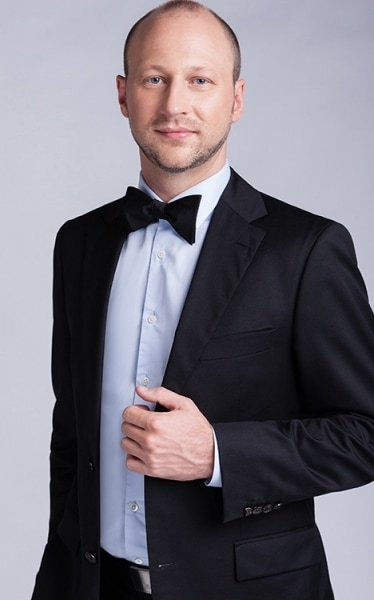 YSIS men's white and black tuxedo outfit product photo